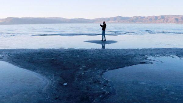 Son yağışlar da Salda Gölü'ne çare olmadı: Kuruma tehlikesiyle karşı karşıya - Sputnik Türkiye
