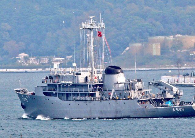 Türkiye'ninTCG Çeşme gemisi