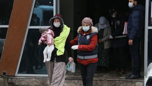 Hurç içinde saklanan hırsız - Sputnik Türkiye