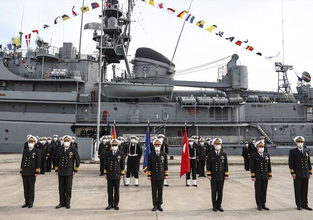 NATO Daimi Mayın Karşı Tedbirleri Deniz Görev Grubu-2'nin komutası Türkiye'ye geçti