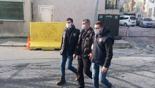 iki oğlunu silahla yaralayan baba - Sputnik Türkiye