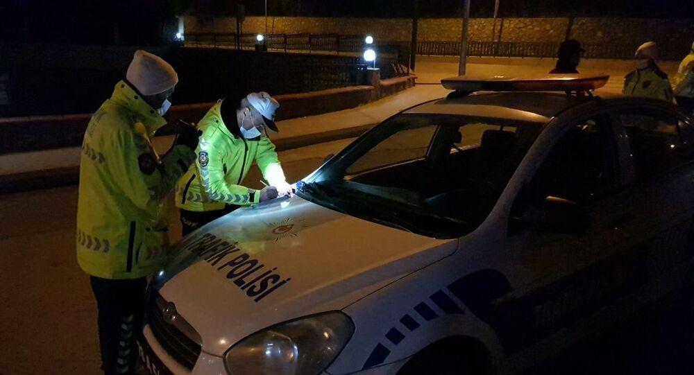 Polis, ceza yazma