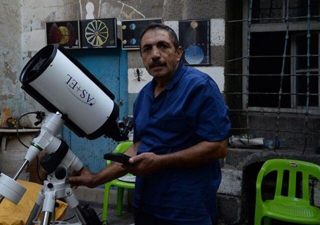 'Diyarbakır'ın astronomu' Abdulkadir Topkaç