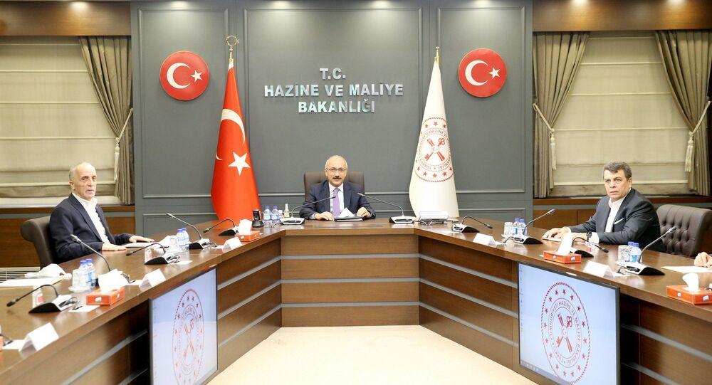 Hazine ve Maliye Bakanı Lütfi Elvan, Türk-İş Genel Başkanı Ergün Atalayve beraberindeki heyeti kabul etti