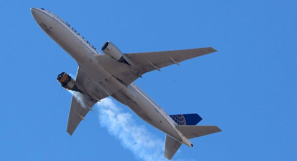 ABD'de kalkıştan kısa süre sonra motoru arızalanarak acil iniş yapan Boeing 777