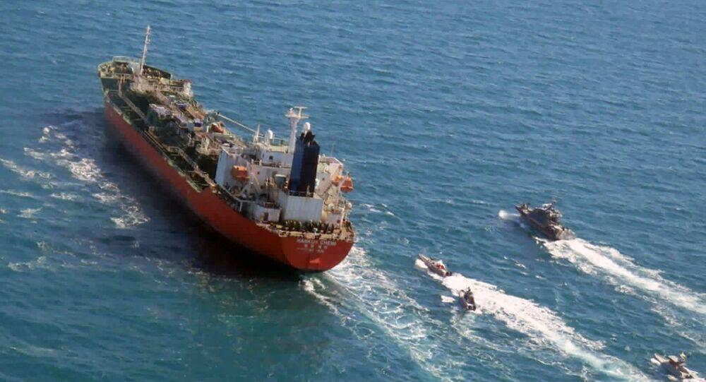 Ticaret gemisi, Gemi