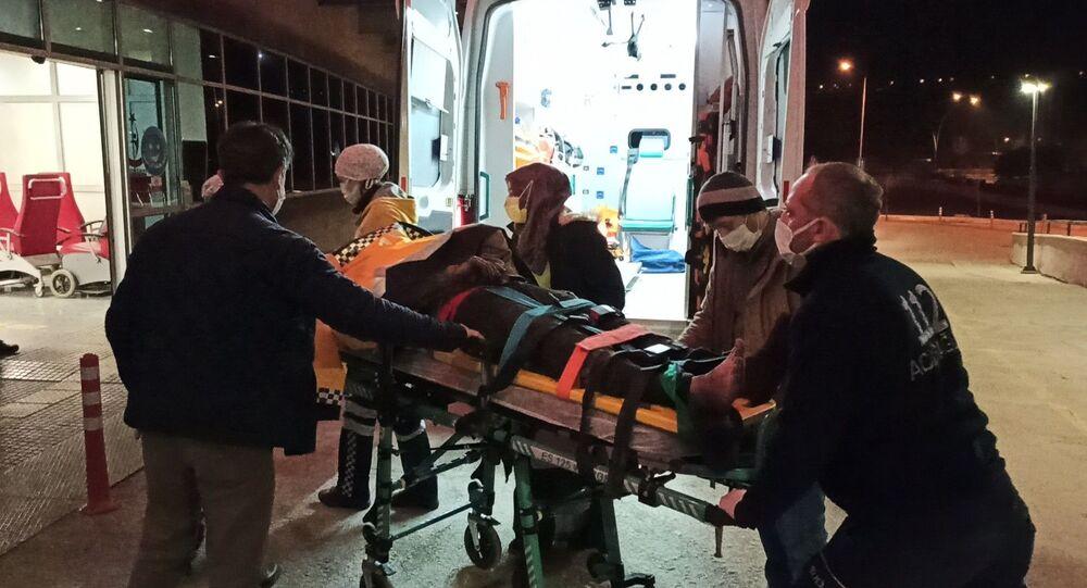 Çorum'un İskilip ilçesinde bir kömür ocağında gaz sıkışması nedeniyle meydana gelen patlamada 2 işçi yaralandı. Yaralı işçiler Çorum'da tedavi altına alındı.