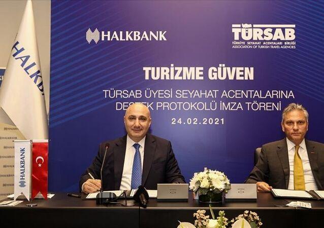 HalkbankveTÜRSABarasında TÜRSAB Üyesi Seyahat Acentalarına Destek Paketi protokolü imzalandı.