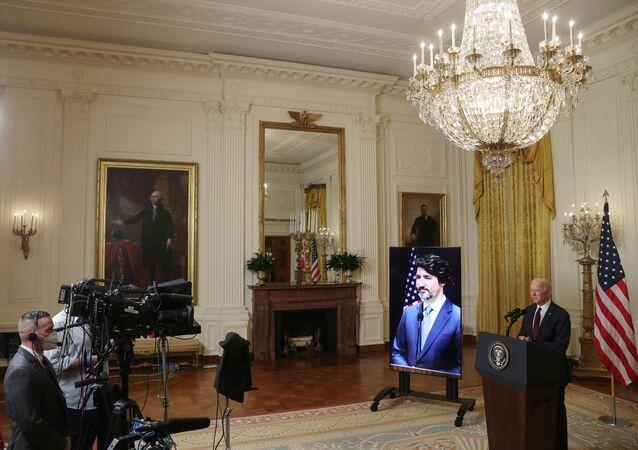 Biden ile Trudeau, çevrim içi ortak basın toplantısında 'iş birliğini artırma' sözü verdi