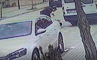 Yol verme nedeniyle tartıştığı sürücüyü tabancayla vurdu