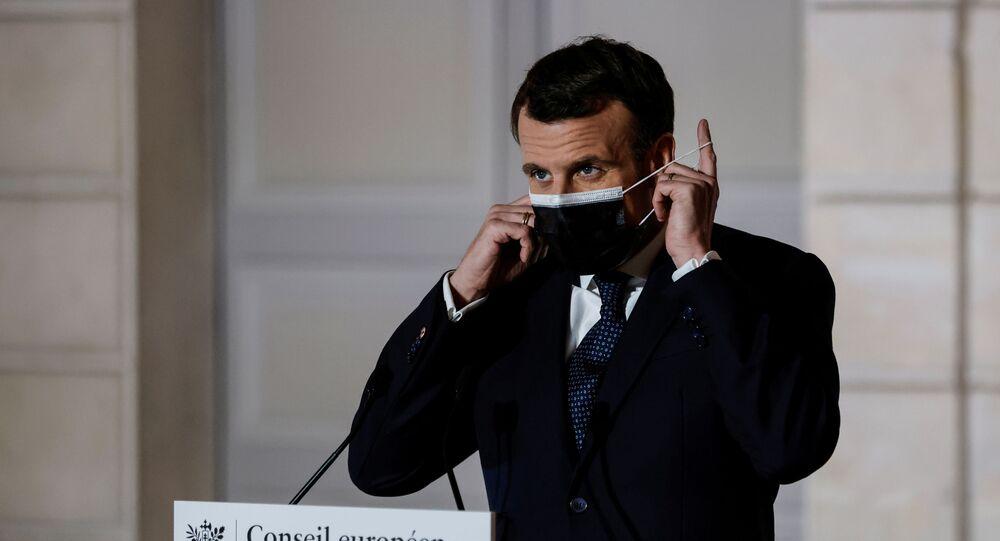 Fransa Cumhurbaşkanı Emmanuel Macron - maske