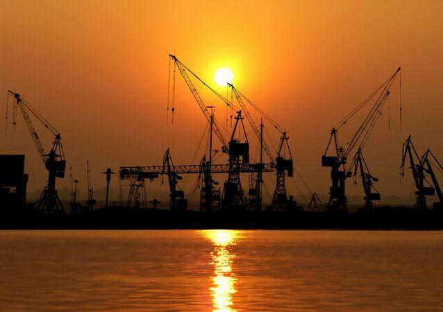 ithalat, ihracat, ticaret, ekonomi