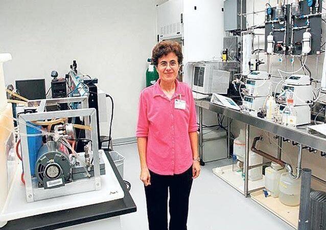 Amerika Birleşik Devletleri'nin (ABD), Florida eyaletindeki Uluslararası Üniversitesi İnşaat ve Çevre Mühendisliği Bölüm Başkanı olan ve NASA ile çalışmalar yapan Prof. Dr. Berrin Tansel, Amerikan Çevre Mühendisliği ve Bilim İnsanları Akademisi Bilim Ödülü'nü kazandı.