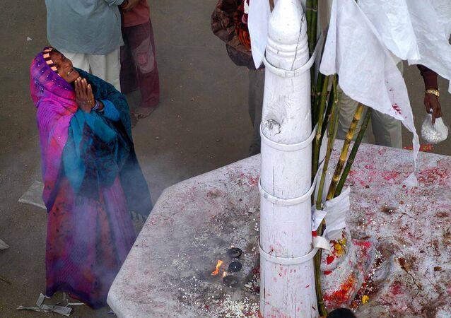 Şeytan çıkarma ayini, Sri Lanka, Hindistan