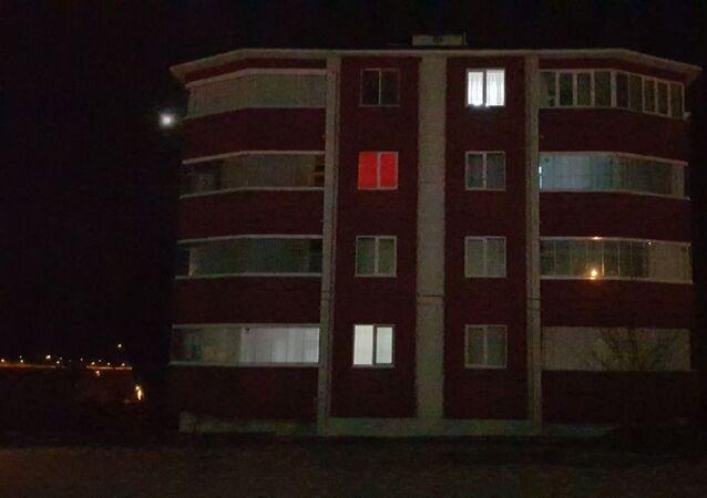 Karabük'te karantinaya alınan apartman