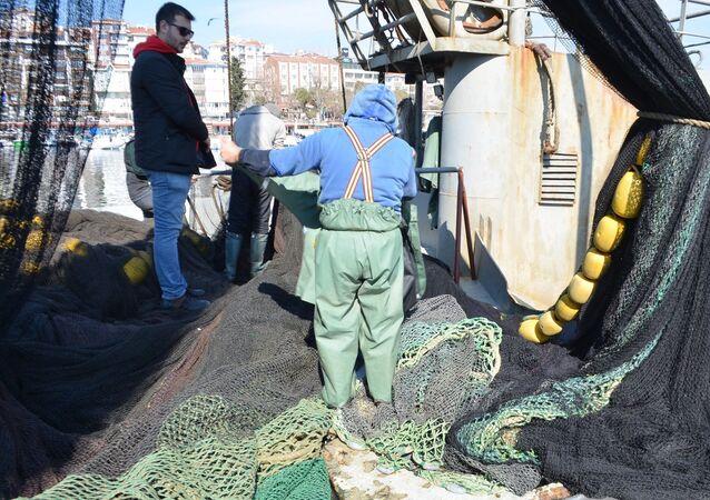 Marmara Denizi'ndeKİ balıkçılar