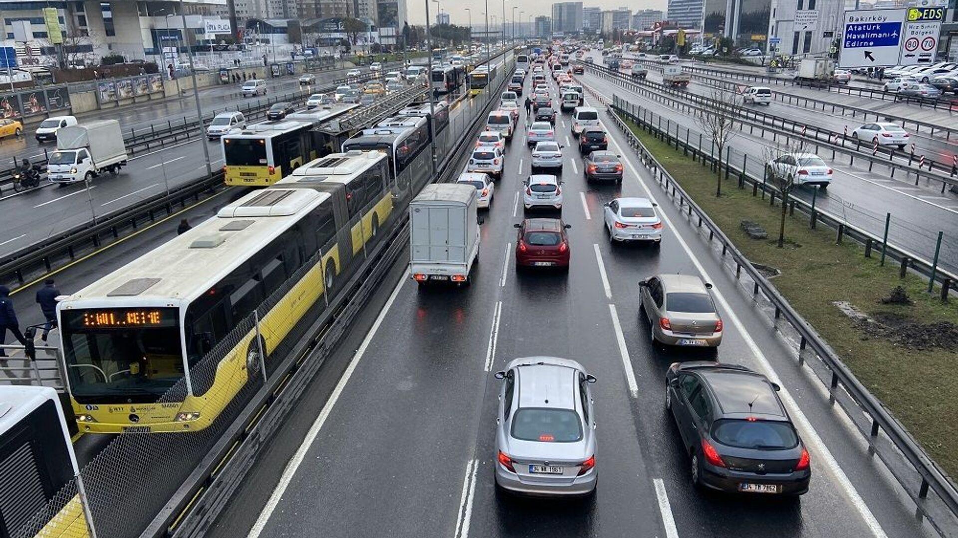 İstanbul trafik - Sputnik Türkiye, 1920, 26.08.2021