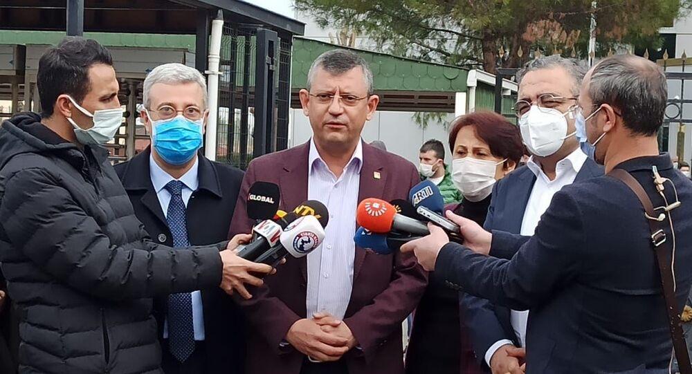 Tahir Elçi davasını takip eden CHP'li Özel: Devlet görevini yaparsa, şüpheden kurtulmuş olur