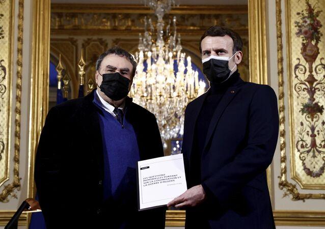 Fransa'dan Cezayir'deki mücadelenin sembol isimlerinden Bumincil'in Fransız cordusunca katledildiği itirafı