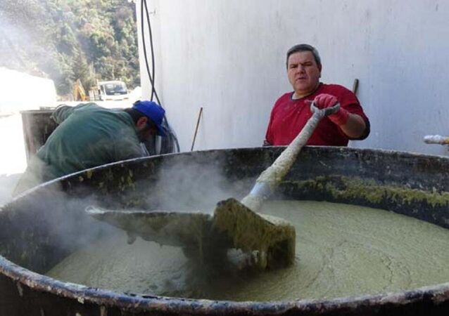 Ali İhsan Bayram - sabun yapmak  sabunculuk