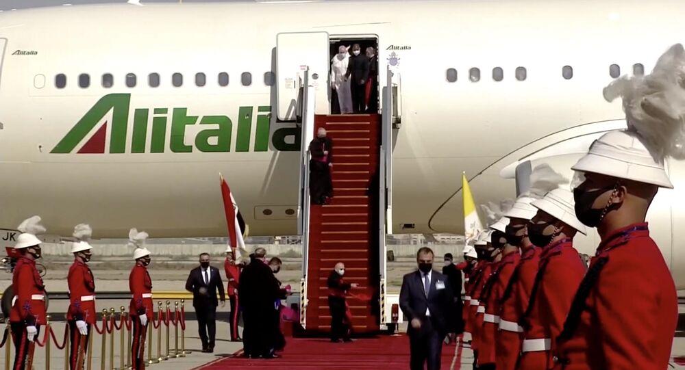 Katolik aleminin ruhani lideri Papa Francis, Irak'ta
