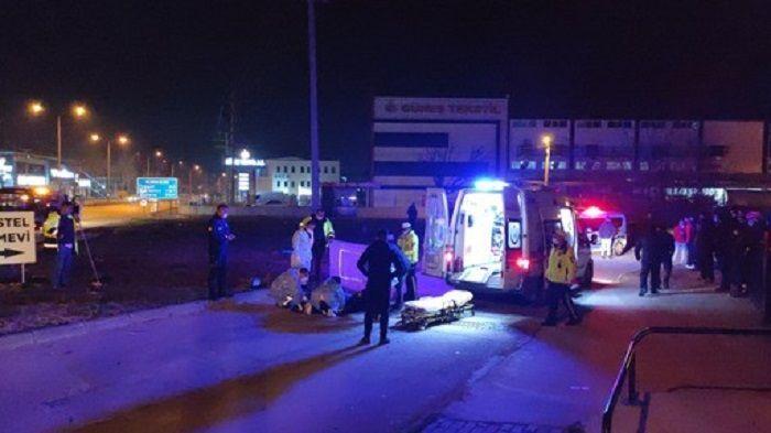 Bursa, moto kurye - otomobil kazası
