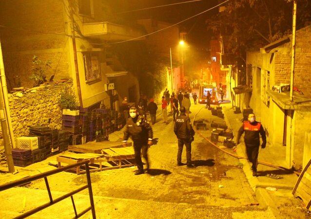 Yangın, sokak, gece