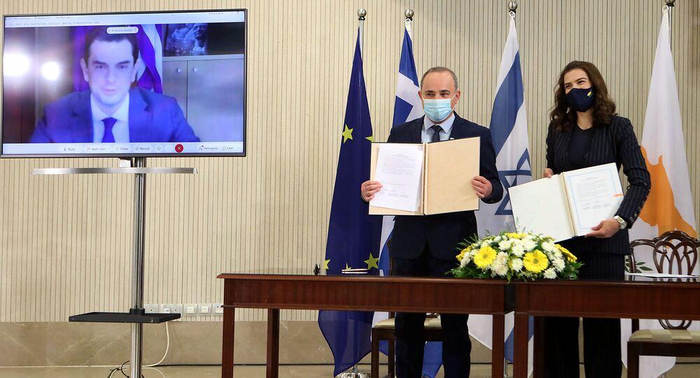 Rum yönetimi, Yunanistan ve İsrail,elektrikşebekelerini birbirine bağlamak üzere mutabakat zaptı imzaladı