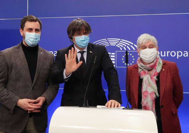 Avrupa Parlamentosu, üç Katalan milletvekilinin dokunulmazlığını kaldırıldı