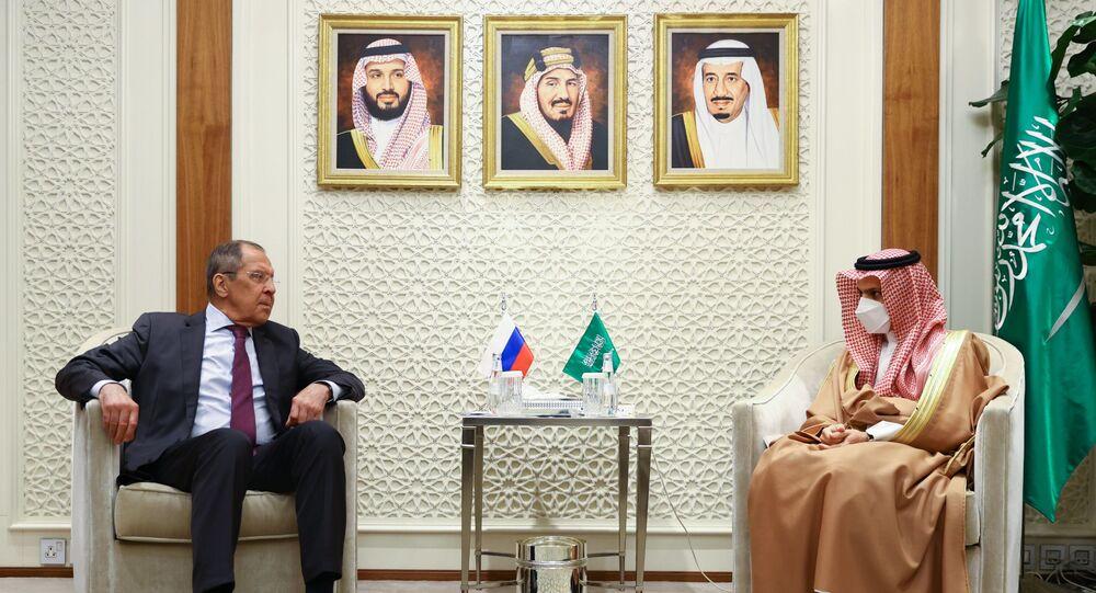 Sergey Lavrov Suudi Arabistan