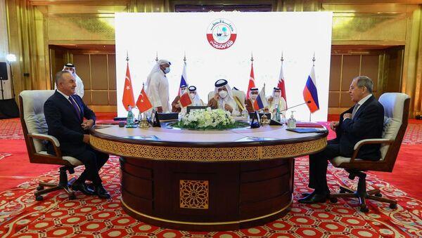 Türkiye-Rusya-Katar Üçlü Dışişleri Bakanları Toplantısı'nın ardından ortak açıklama yayımlandı - Sputnik Türkiye