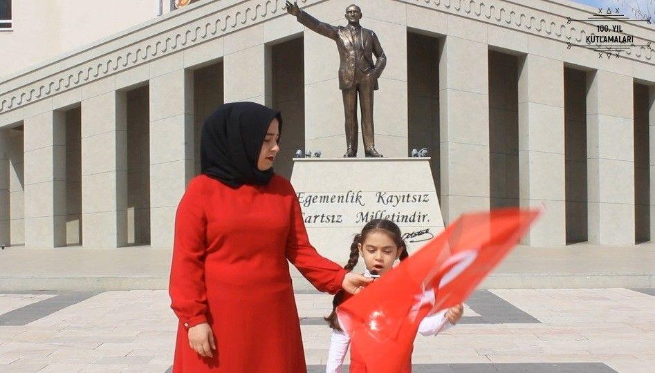 Sosyolog Gizem Çapar, İstiklal Marşı klibi, Osmaniye