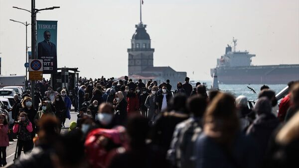 İstanbul - koronavirüs - kalabalık - Sputnik Türkiye