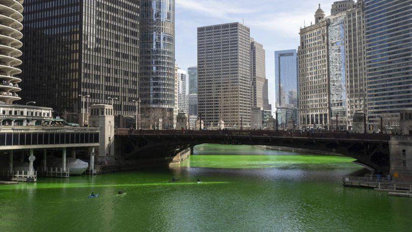 ABD'de Chicago Nehri'nin rengi yonca yeşiline döndürüldü