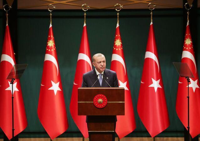 Türkiye Cumhurbaşkanı Recep Tayyip Erdoğan, Bakanlar Kurulu Toplantısı sonrasında Cumhurbaşkanlığı Külliyesi'nde basın toplantısı düzenledi.