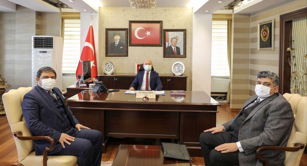 Koza Altın İşletmeleri Müdürü Kemal Öcal ilçeye gelerek tesisin kurulacağı alanda incelemelerde bulundu.