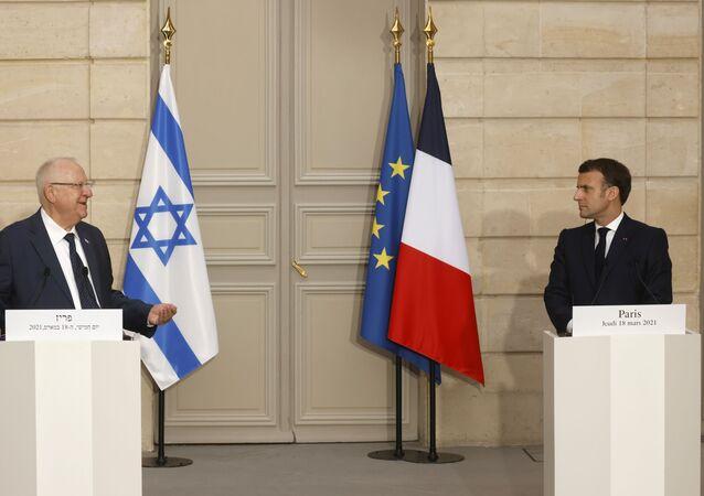 Fransa Cumhurbaşkanı Emmanuel Macron, Elysee Sarayı'nda İsrailli mevkidaşı Reuven Rivlin ile düzenlediği basın toplantısında