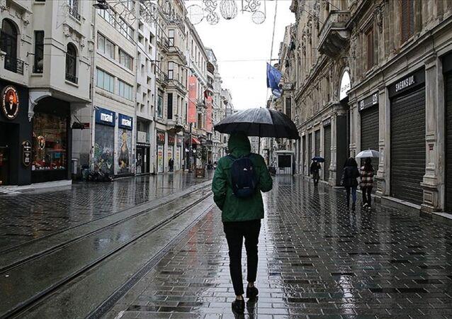 İstanbul - yağmur - şemsiye