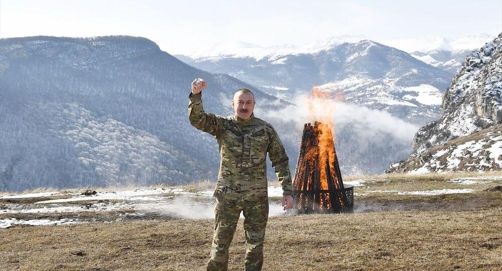 Azerbaycan Cumhurbaşkanı İlham Aliyev, Şuşa'da Nevruz ateşini yaktı