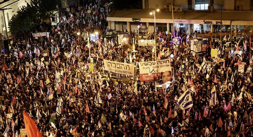 İsrail - aşbakan Benyamin Netanyahu karşıtı gösteri