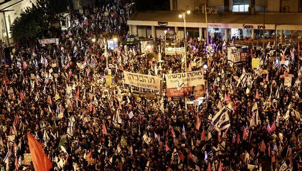 İsrail - aşbakan Benyamin Netanyahu karşıtı gösteri  - Sputnik Türkiye