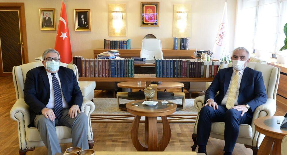 Rusya'nın Ankara Büyükelçisi Aleksey Yerhov ile Türkiye Kültür ve Turizm Bakanı Mehmet Nuri Ersoy bir araya geldi.