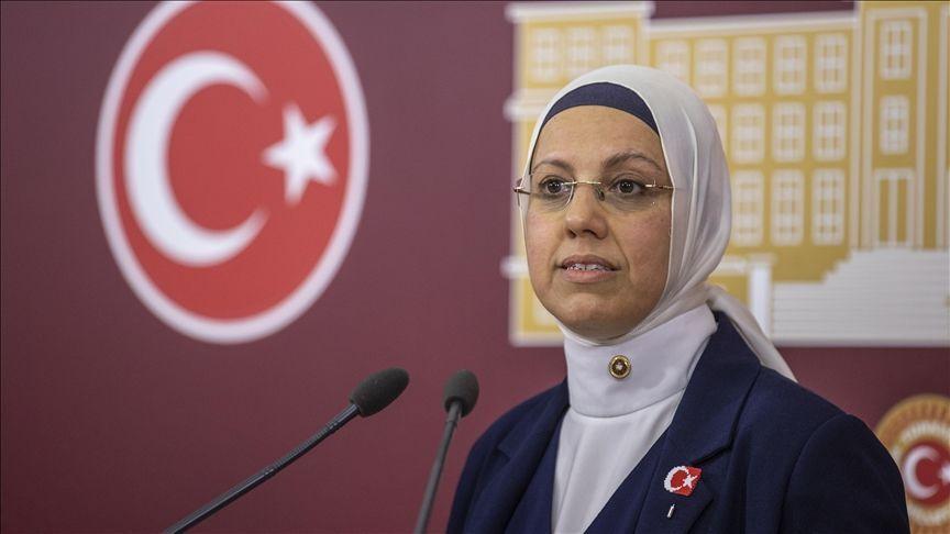 AK Parti İstanbul Milletvekili Ravza Kavakçı Kan