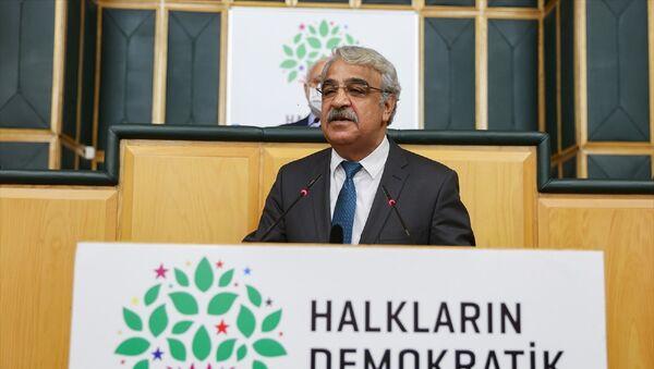HDPEş Genel Başkanı MithatSancar - Sputnik Türkiye