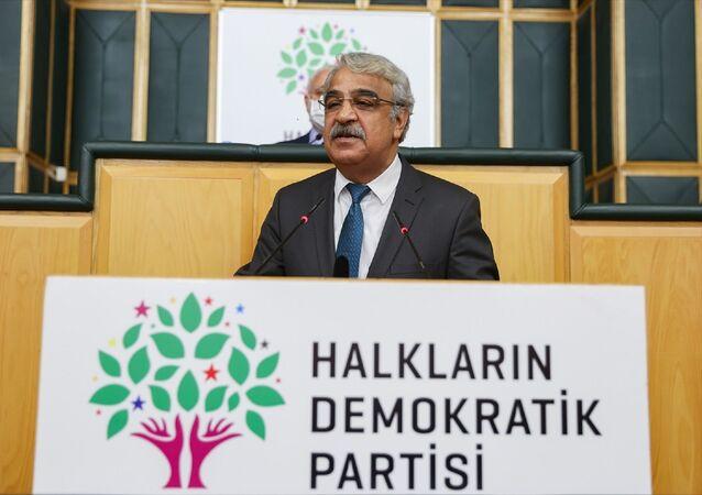 HDPEş Genel Başkanı MithatSancar