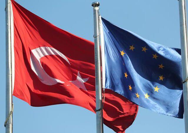 AB Türkiye bayrakları