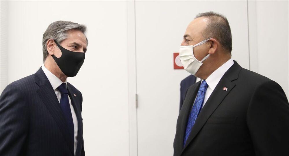 NATO Dışişleri Bakanları Toplantısı'na katılmak üzere Belçika'nın başkenti Brüksel'e gelen Dışişleri Bakanı Mevlüt Çavuşoğlu, ABD Dışişleri Bakanı Antony Blinken ile görüştü.