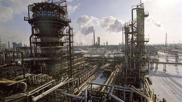 Petrol rafinerisi- Rusya  - Sputnik Türkiye