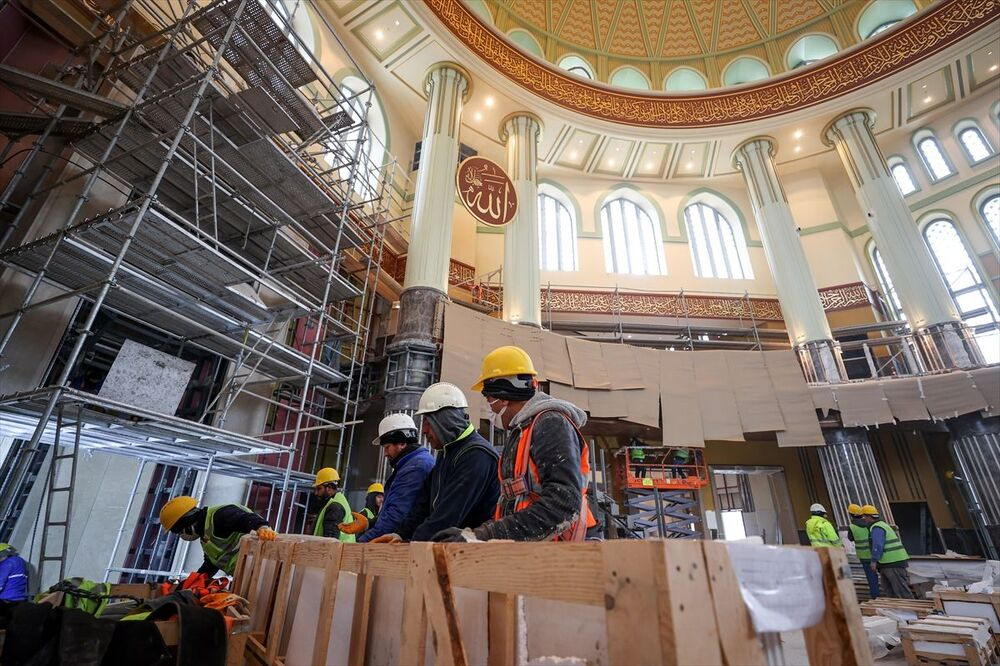 Yüzde 99'u tamamlanan caminin ramazan ayı içerisinde ibadete açılması planlanıyor.