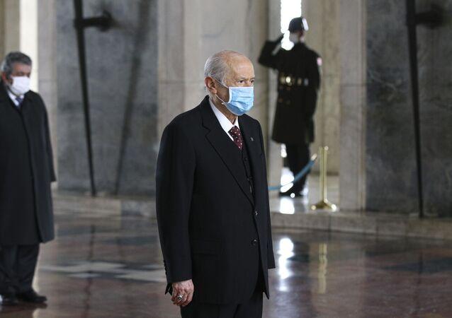 MHP lideri Devlet Bahçeli, Anıtkabir'de